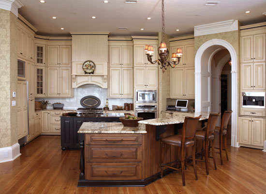 Superieur ... Custom Cabinets Traditional Style ...